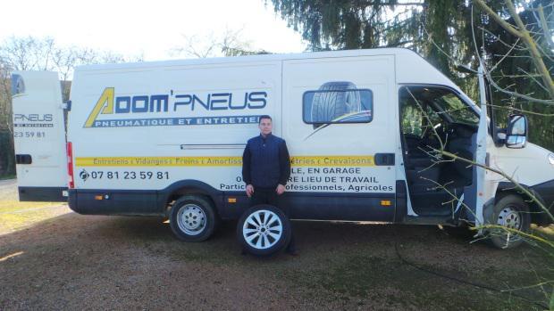 Adom'pneus, un garage mobile autour de St-Pourçain-sur-Sioule