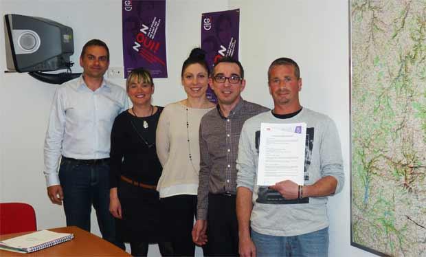 Adecco France signe le 1er contrat CDI intérimaire de la Région Auvergne à Issoire