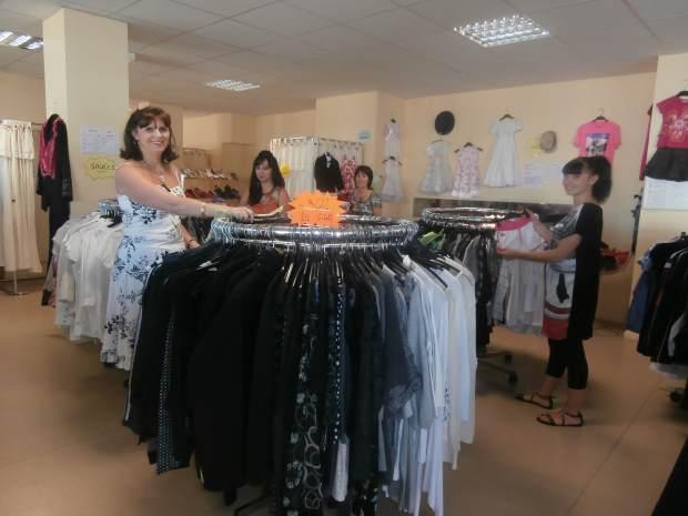Les Activités et la Friperie de Pénélope à Montluçon : des vêtements qui tissent le lien social