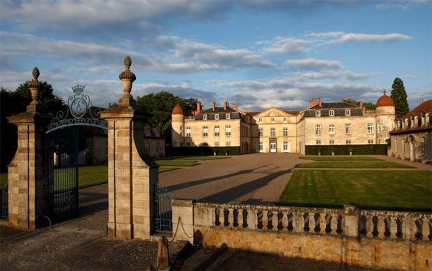 Création d'un institut de restauration-conservation d'œuvres d'art au château de Parentignat
