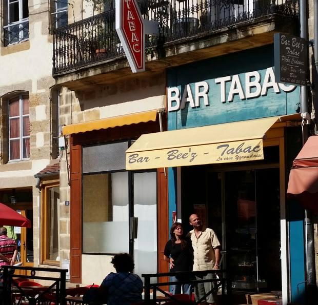 Bar Bee'z à Bourbon l'Archambault, le choix du service