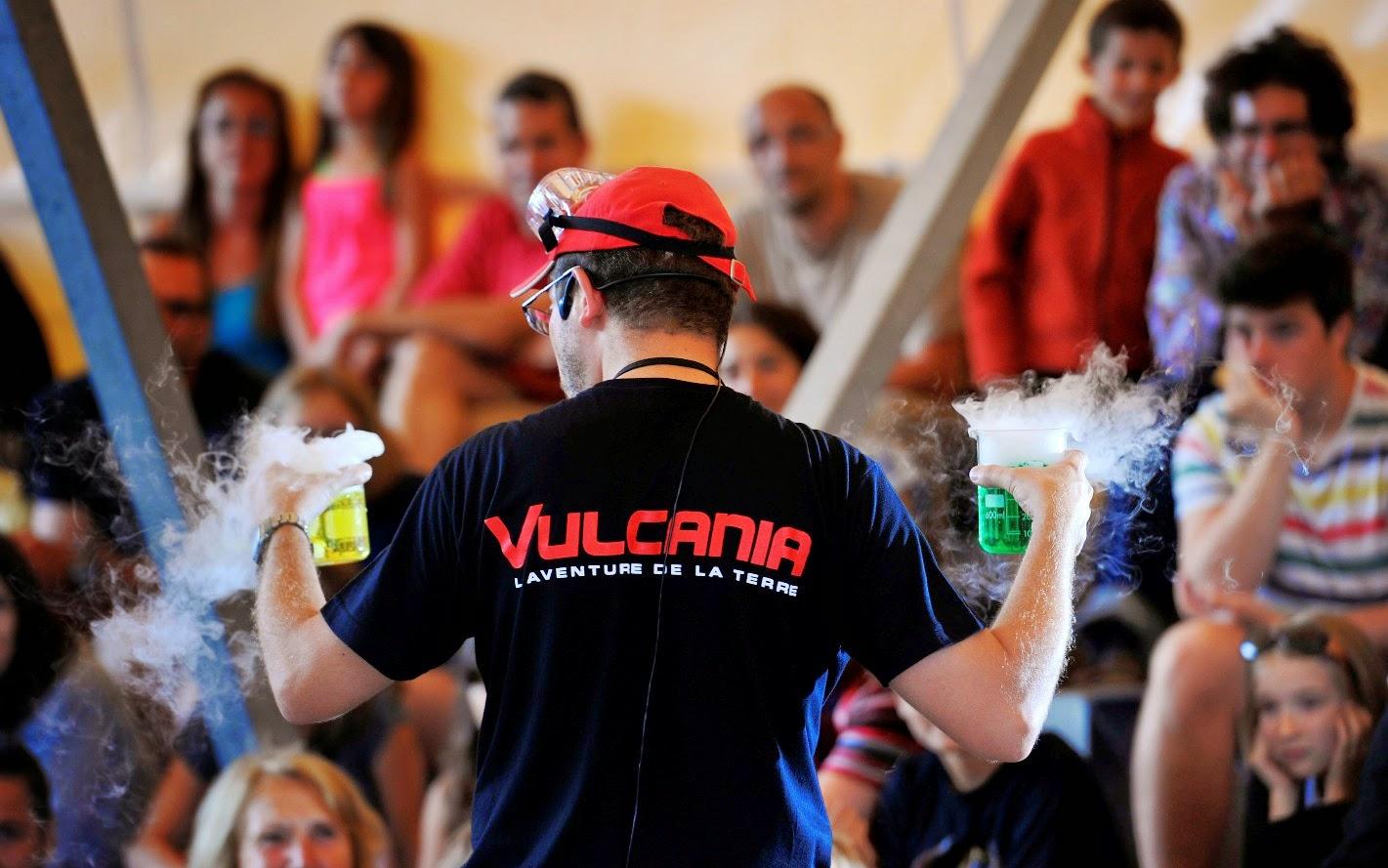 Vulcania recrute
