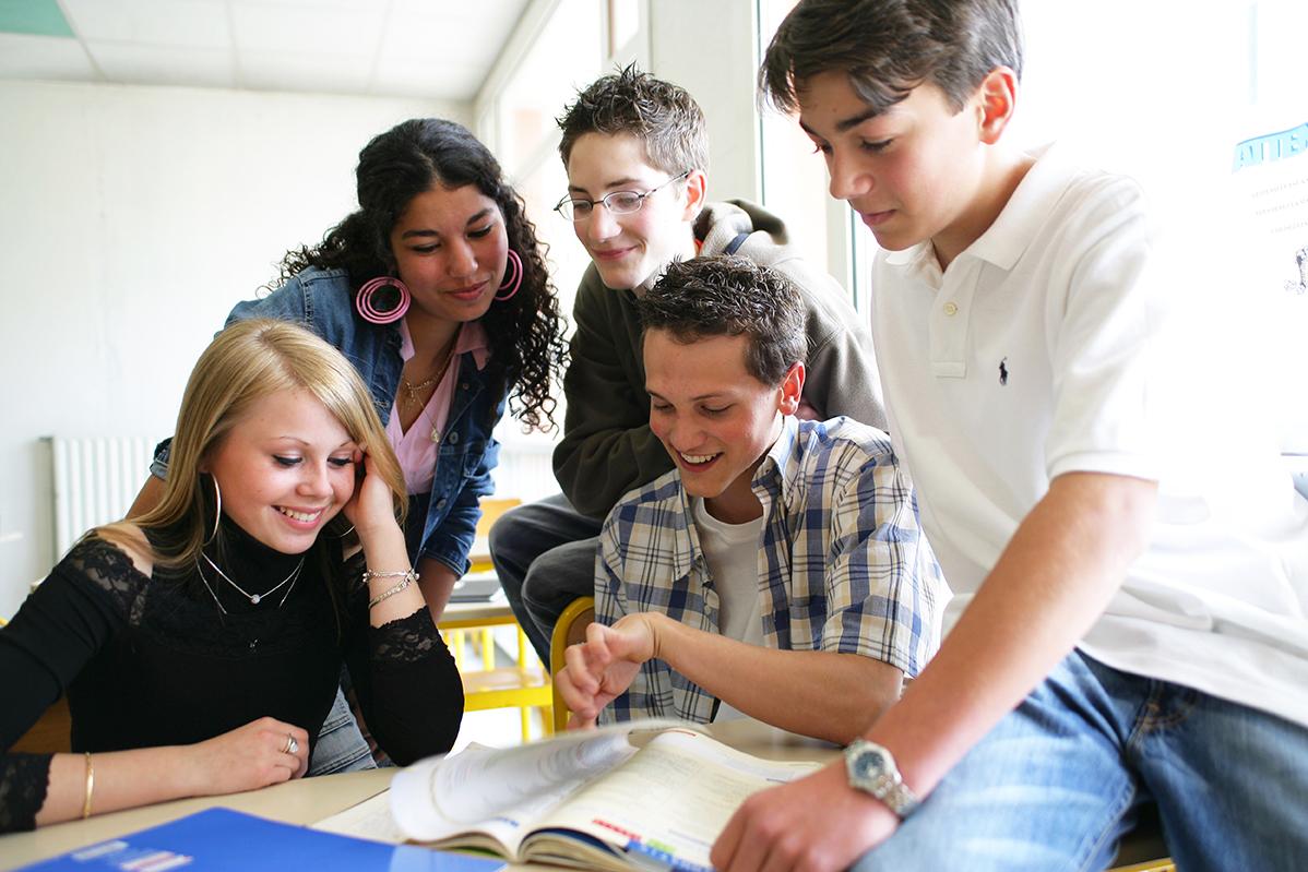 Construction de nouveaux collèges en métropole lyonnaise