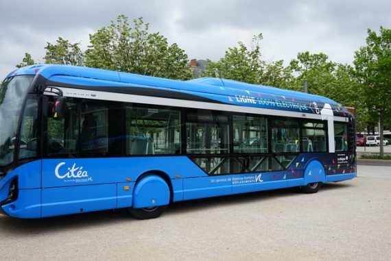 Valence inaugure les bus 100% électriques