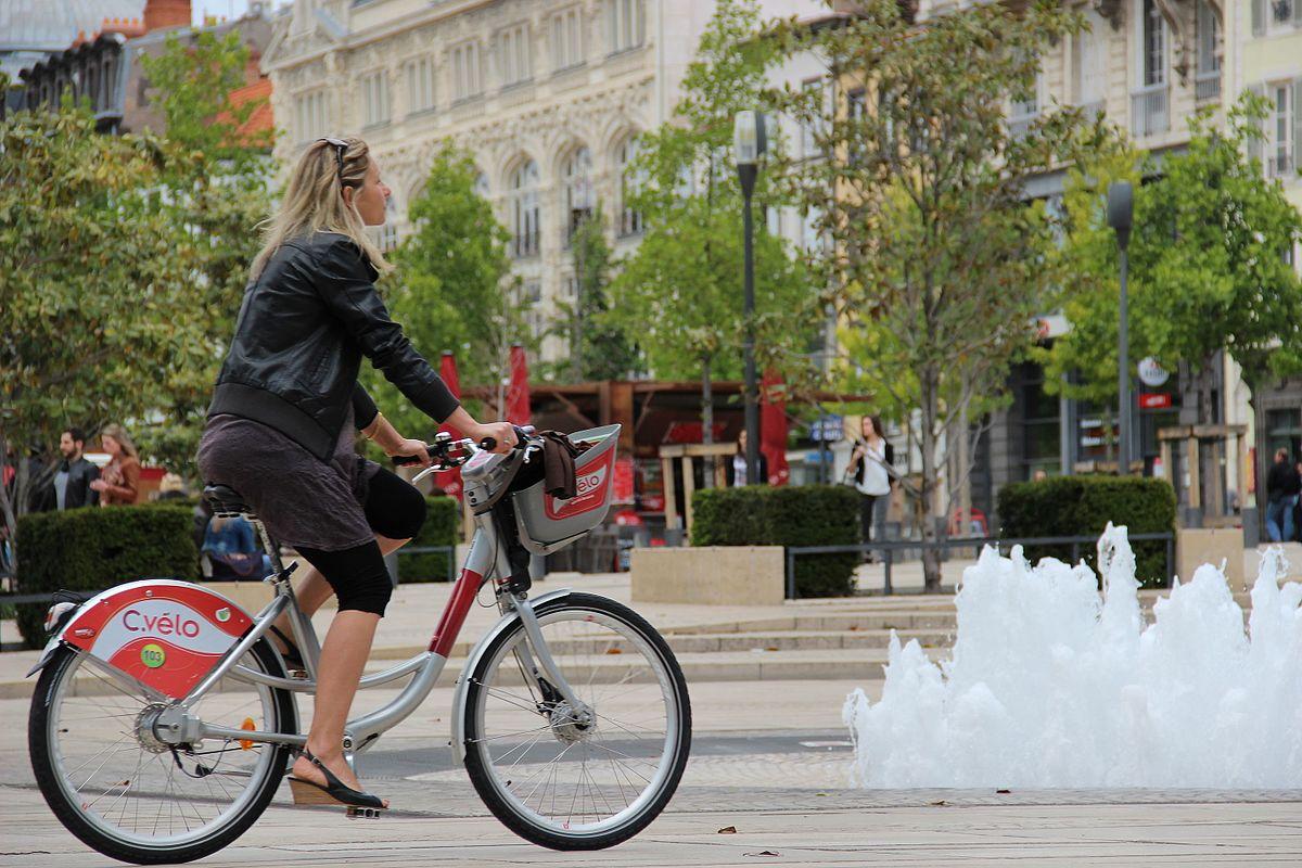 Covid-19 | Création d'aménagements cyclables transitoires