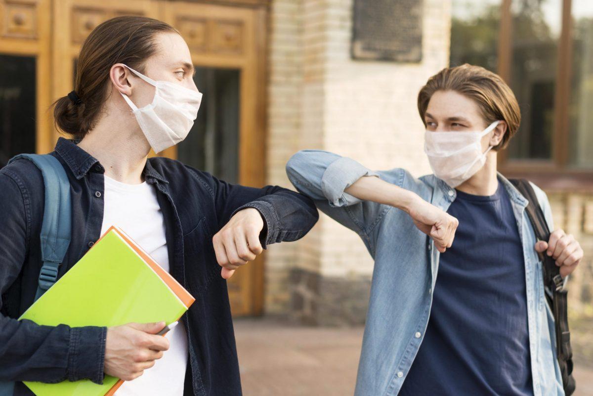 Unique  | Une rentrée scolaire masquée