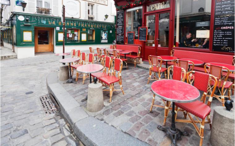Paris   Les bars pourraient être obligés de fermer
