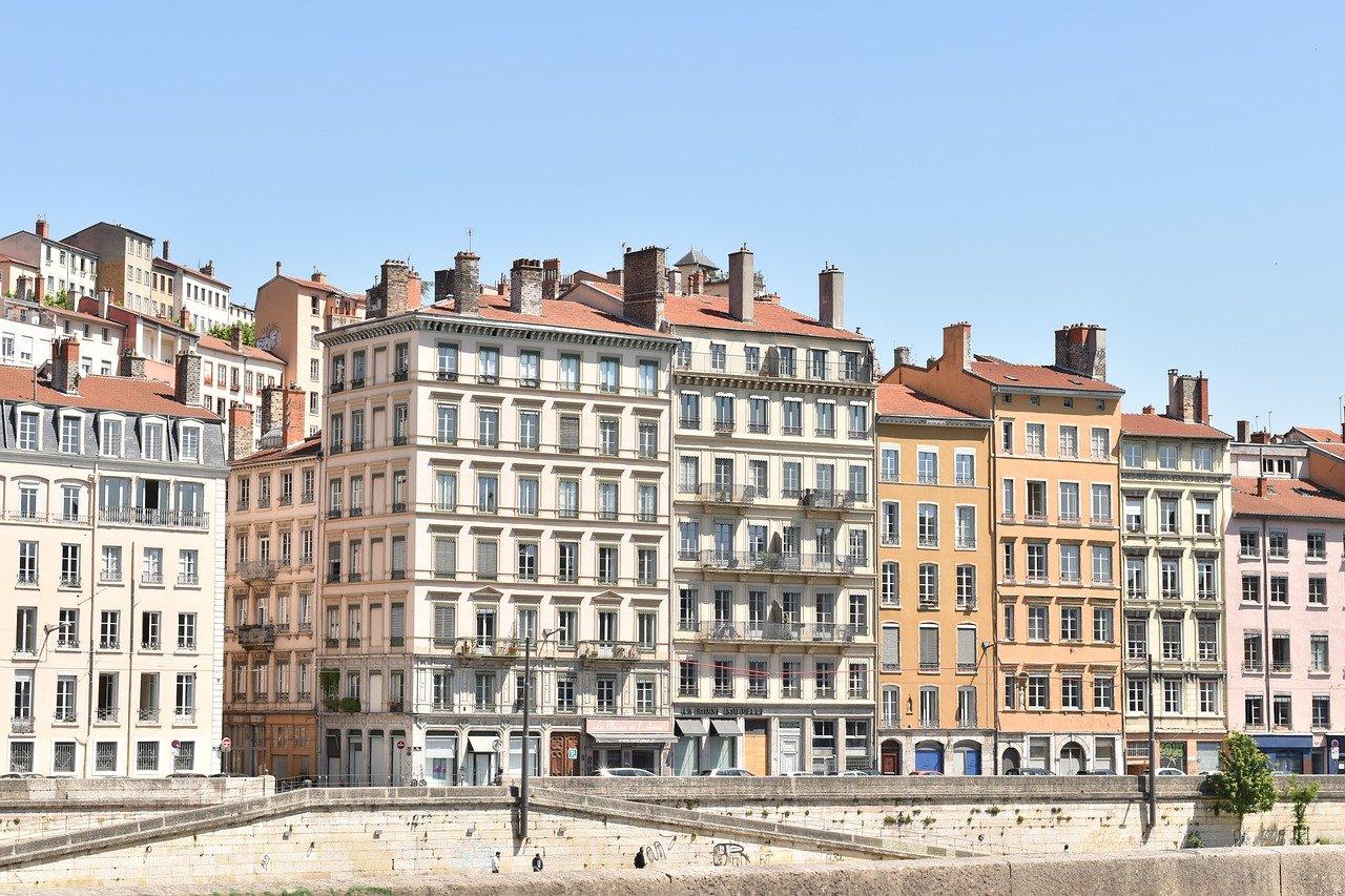 Mesures restrictives | Troisième confinement pour le Rhône