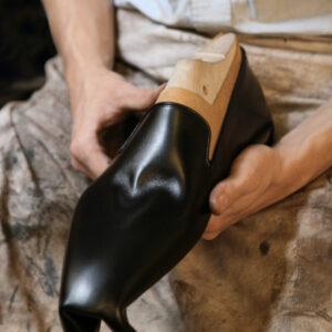 Artisanat | A la découverte des métiers de bottier et cordonnier