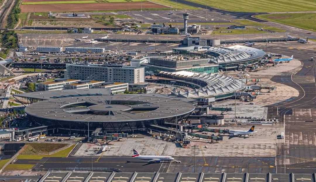 Loi Climat  Suppression de plusieurs lignes aériennes intérieures