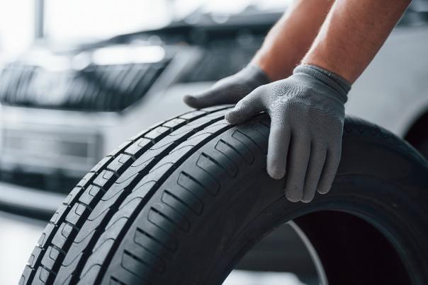 Michelin | Le premier pneu pour les véhicules électriques sportifs