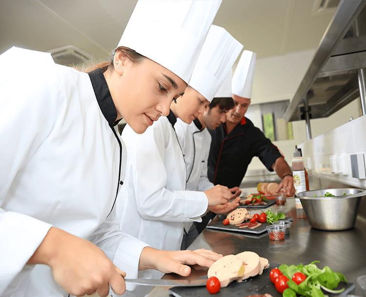 Hôtellerie | Un partenariat favorable au recrutement d'apprentis