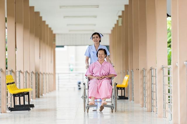 La grippe chez les seniors : se protéger en maison de retraite